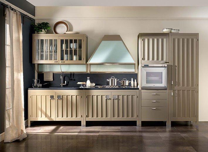 Cucine classiche in legno tradizione senza tempo cose - Ante in legno per cucina ...