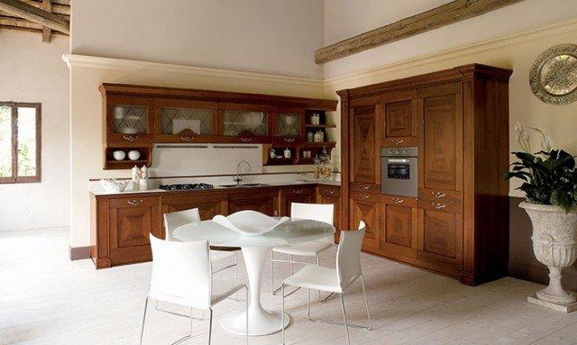 Cucine classiche in legno tradizione senza tempo cose di casa - Cucine in legno classiche ...