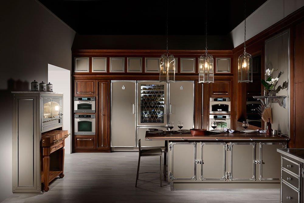 ispirazione rtro per la cucina di officine gullo realizzata artigianalmente su misura per il cliente utilizzando