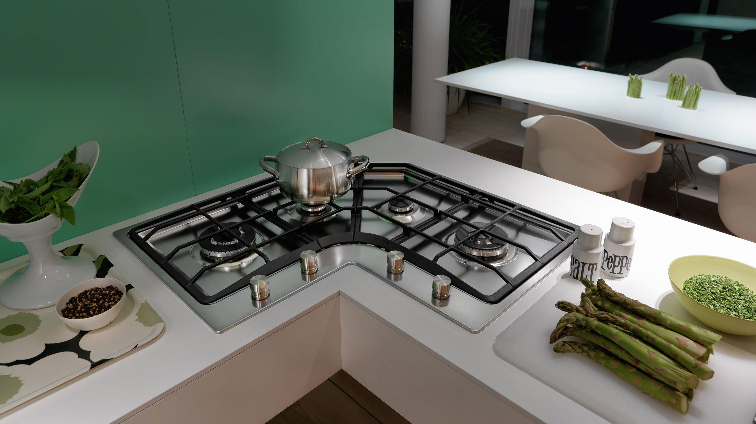 Angoli risolti in cucina cose di casa - Lavelli cucina angolari ...