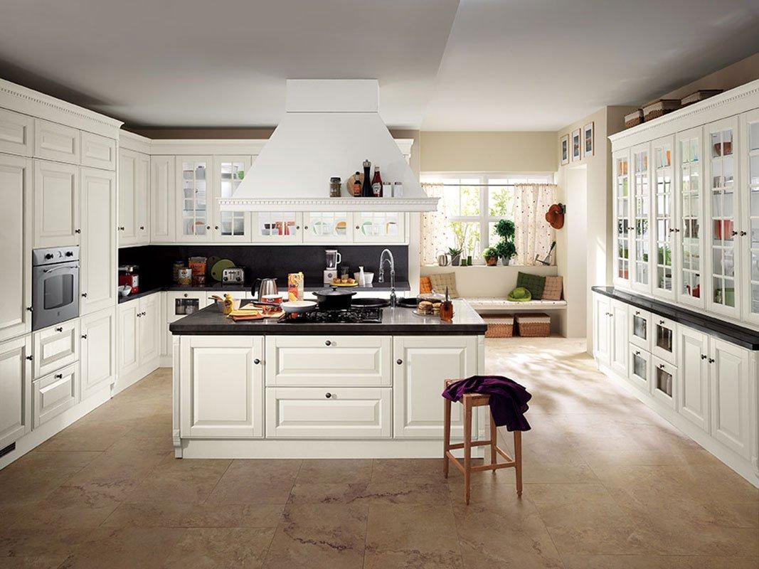 Cucine classiche in legno tradizione senza tempo cose for Case moderne classiche
