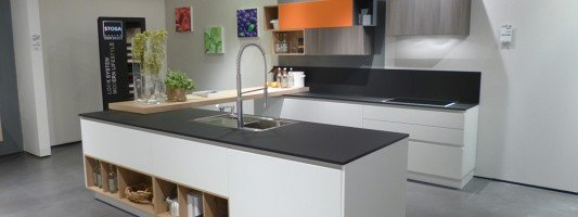 Cucine e materiali arredamento cose di casa - Materiali per piani cucina ...