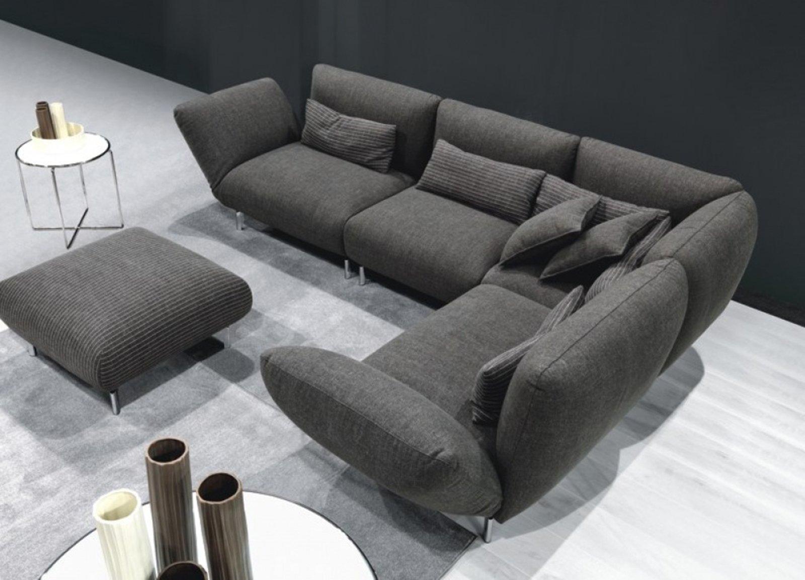 Divani con meccanismi per ogni tipo di relax cose di casa for Modelli salotti moderni