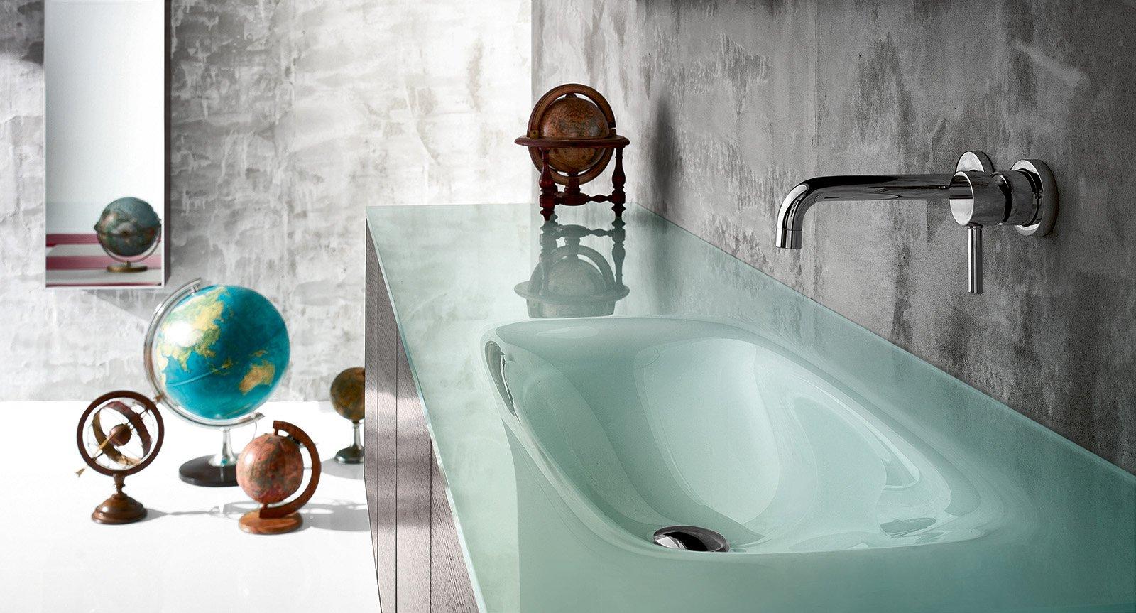 Lavabi colorati per un bagno di design cose di casa - Lavandino bagno vetro ...
