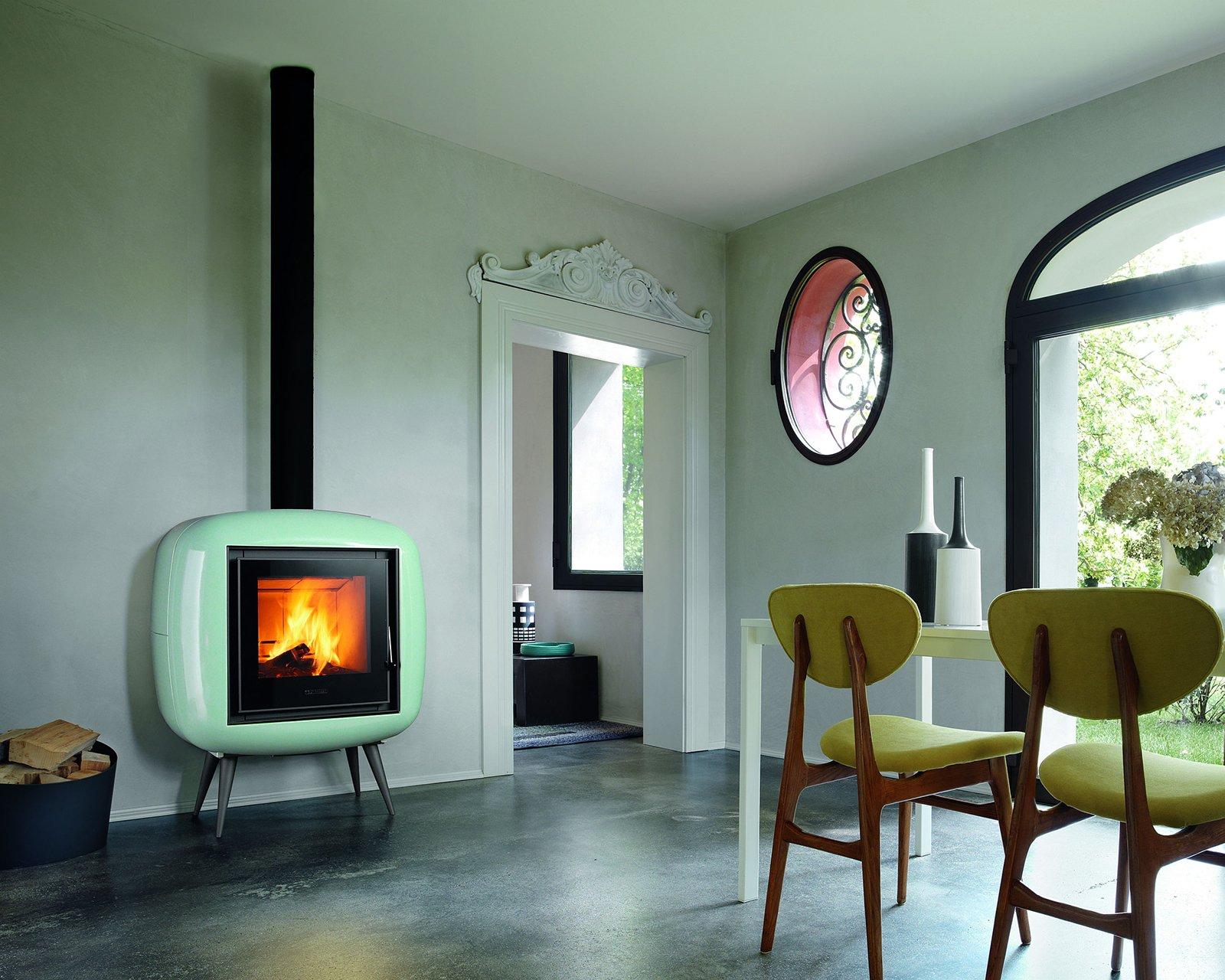 Stufe a pellet perfette anche nelle mezze stagioni cose di casa for Stufe a legna immagini