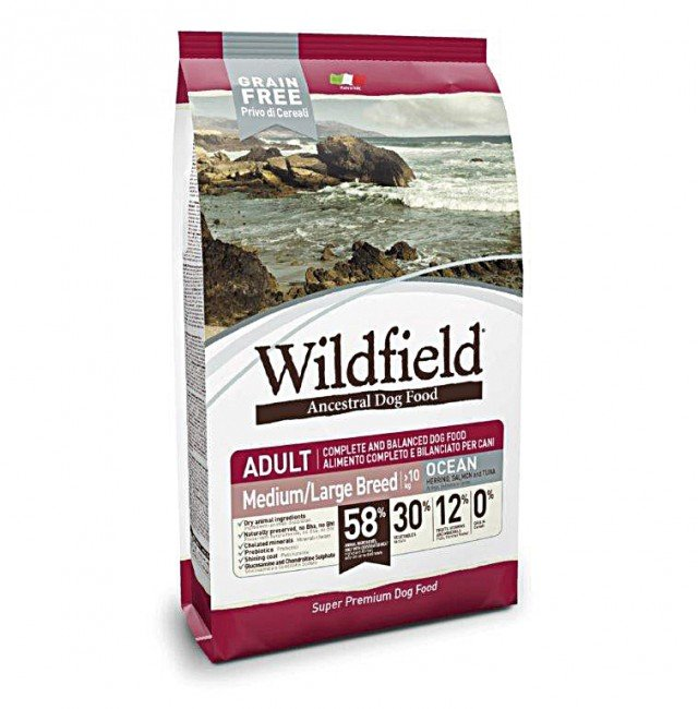 Wildfield è una nuova linea di alimenti completi e bilanciati con un elevato contenuto di carne disidratata oltre a frutta e verdura. Conf. da 2 kg costa 24,50 euro di Dorado Exclusion - www.exclusion.it