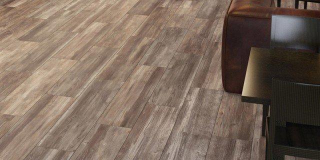 Scegliere il pavimento della cucina effetto legno - Piastrelle simil legno ...