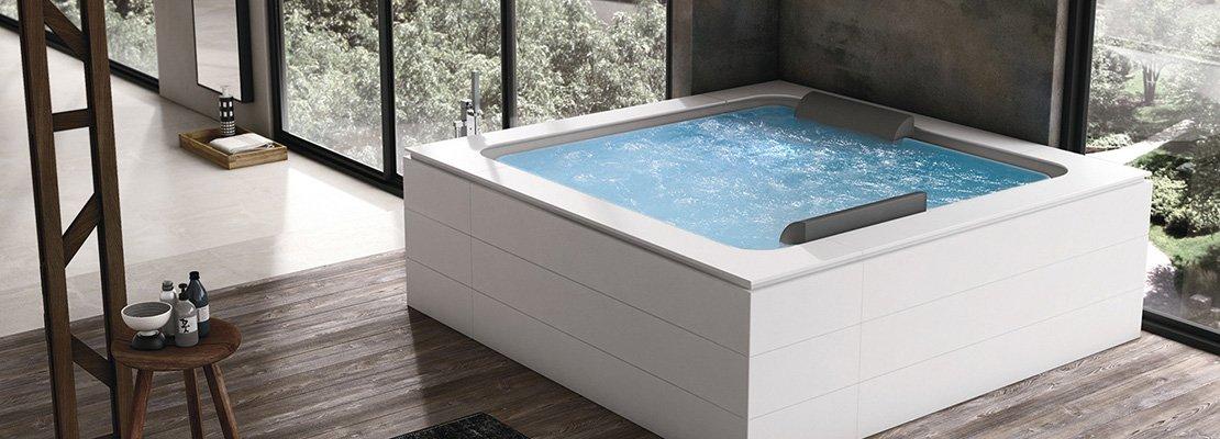 Bagno idromassaggio in vasca o doccia per un benessere - Vasca da bagno piscina ...