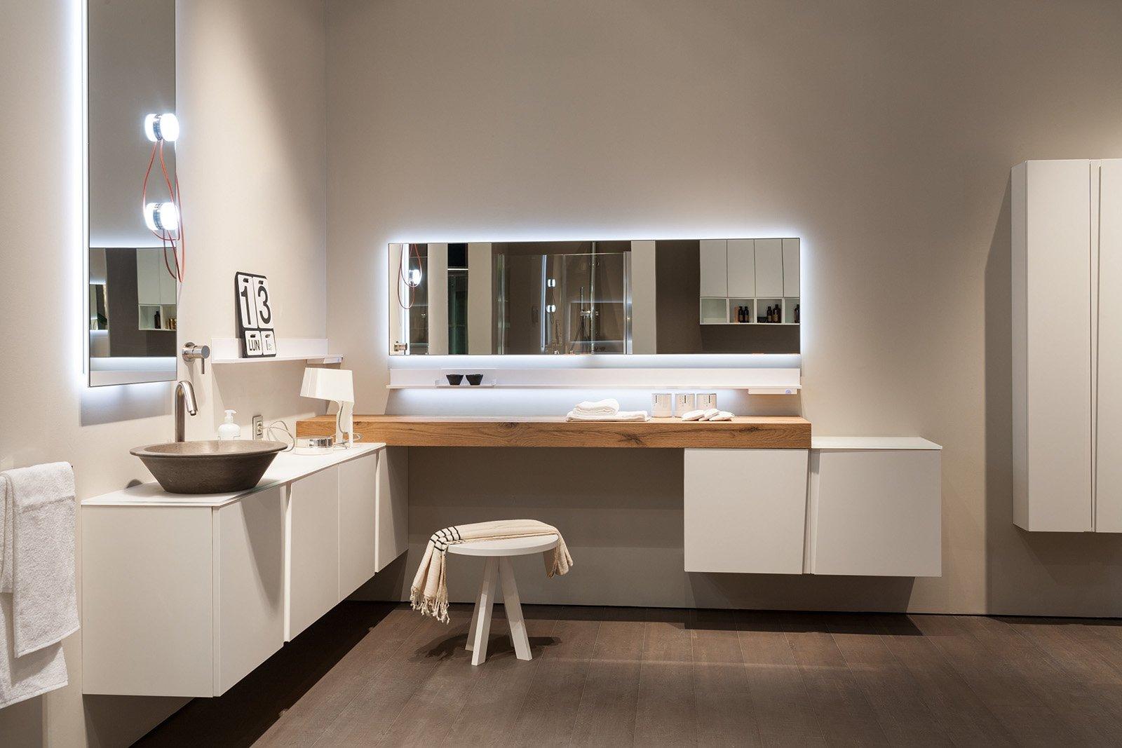 Specchi per il bagno cose di casa - Luci per bagno design ...