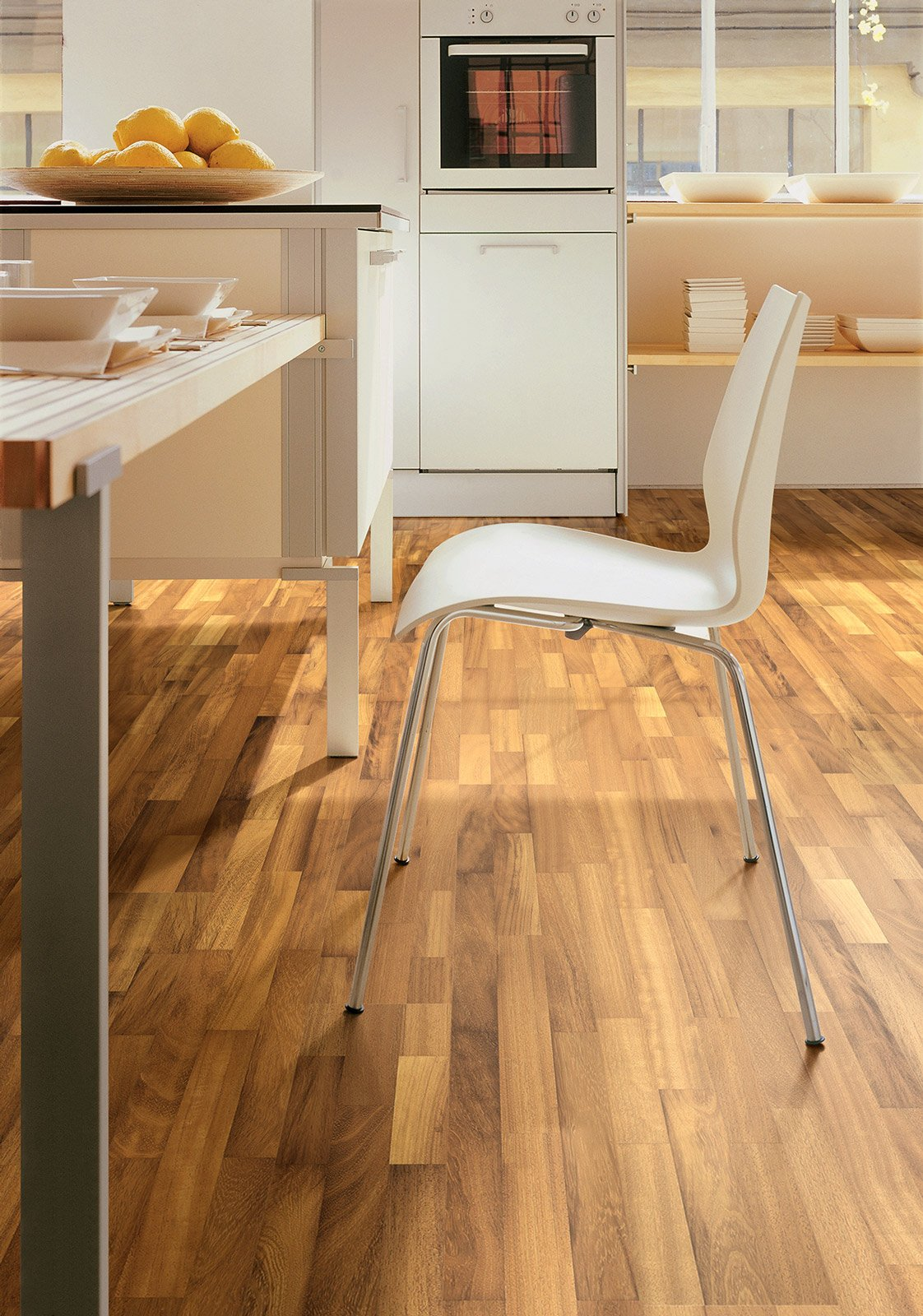Scegliere il pavimento della cucina effetto legno - Vernice per cucina ...