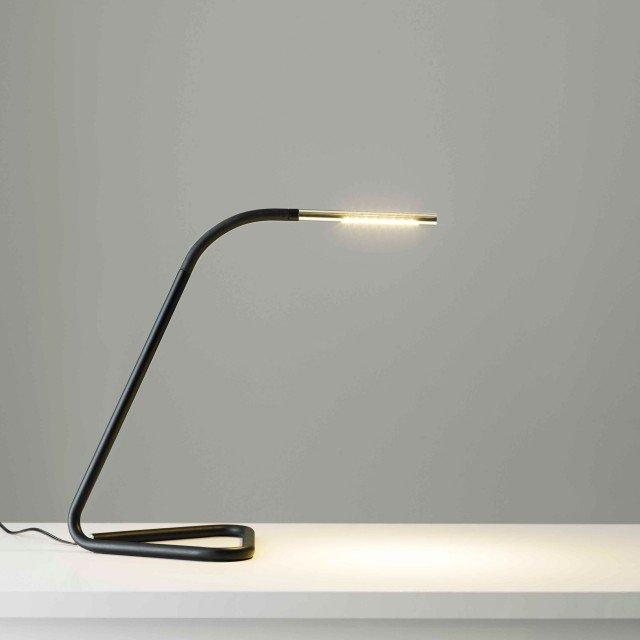 Led una rivoluzione luminosa che fa risparmiare consumi e - Lampada da tavolo led ikea ...
