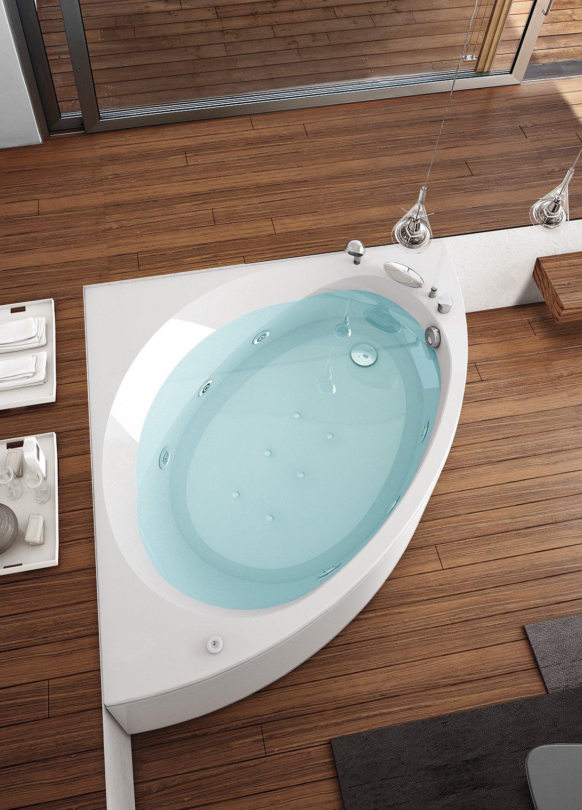 Bagno sfruttare l 39 angolo cose di casa - Smalto per vasca da bagno prezzi ...