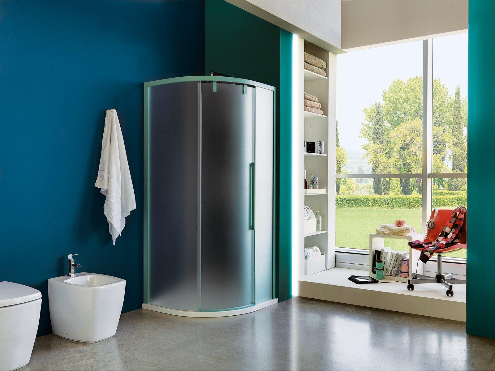 Casabook immobiliare bagno sfruttare l angolo - Ikea bagno doccia ...