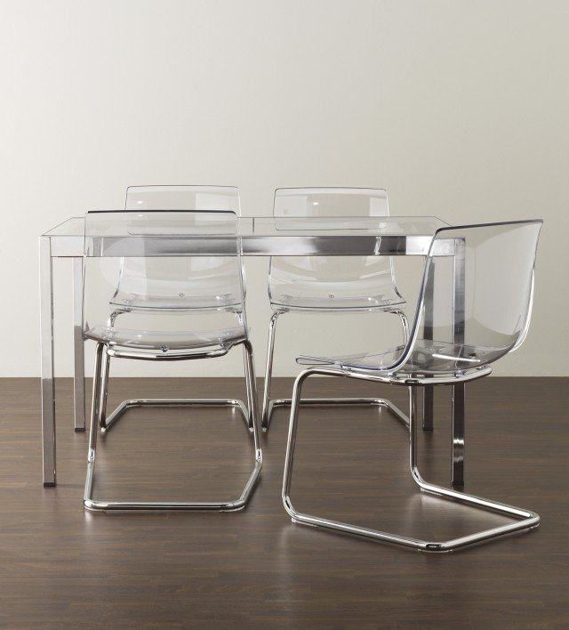 Sedie Plexiglass Design.Sedie Trasparenti E La Stanza Sembra Piu Grande Cose Di Casa