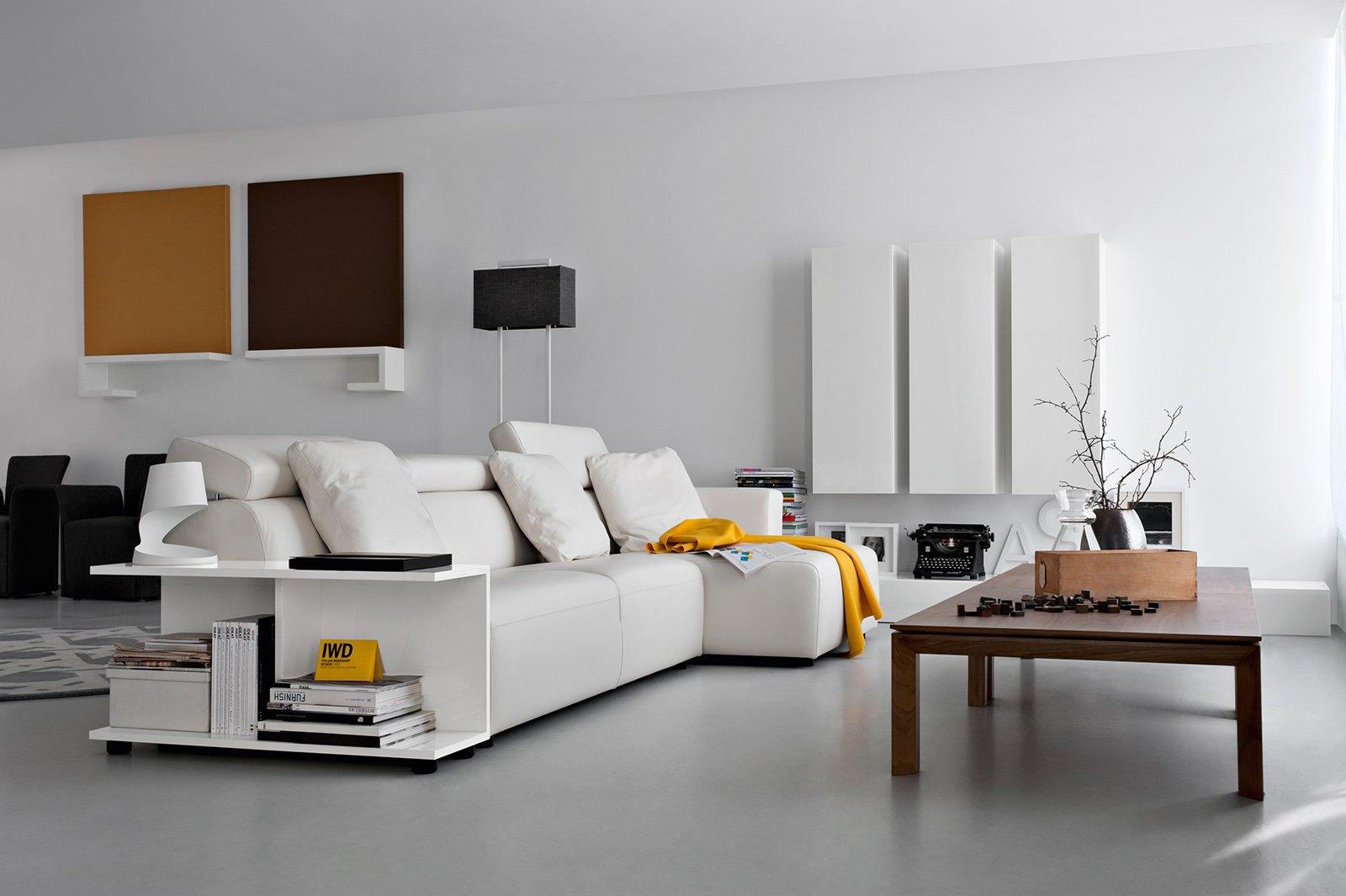 Libreria dietro divano camera studio con divano letto design casa creativa e mobili with - Divano letto studio ...
