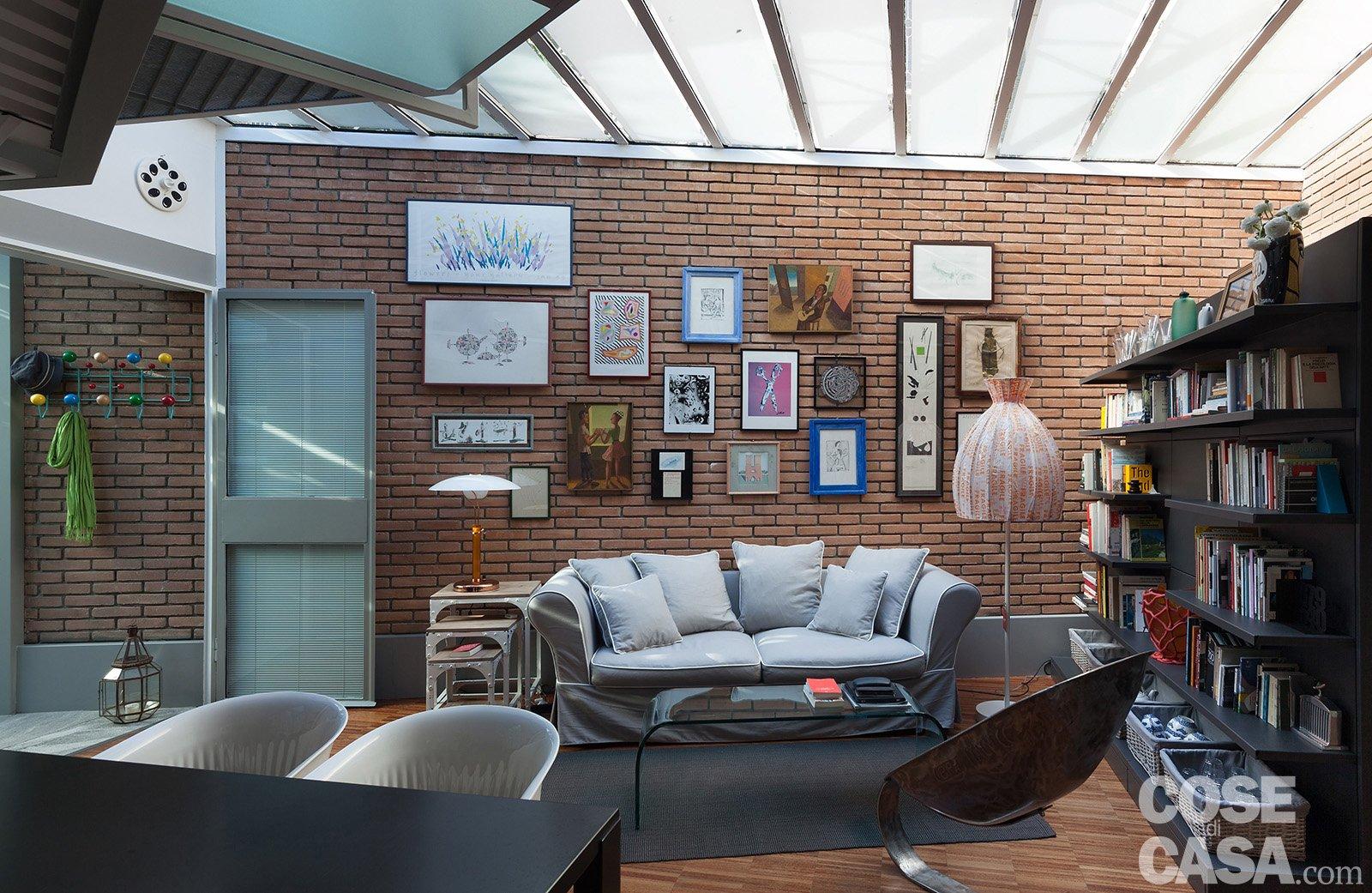 Interni en plein air cose di casa - Altezza quadri sopra divano ...