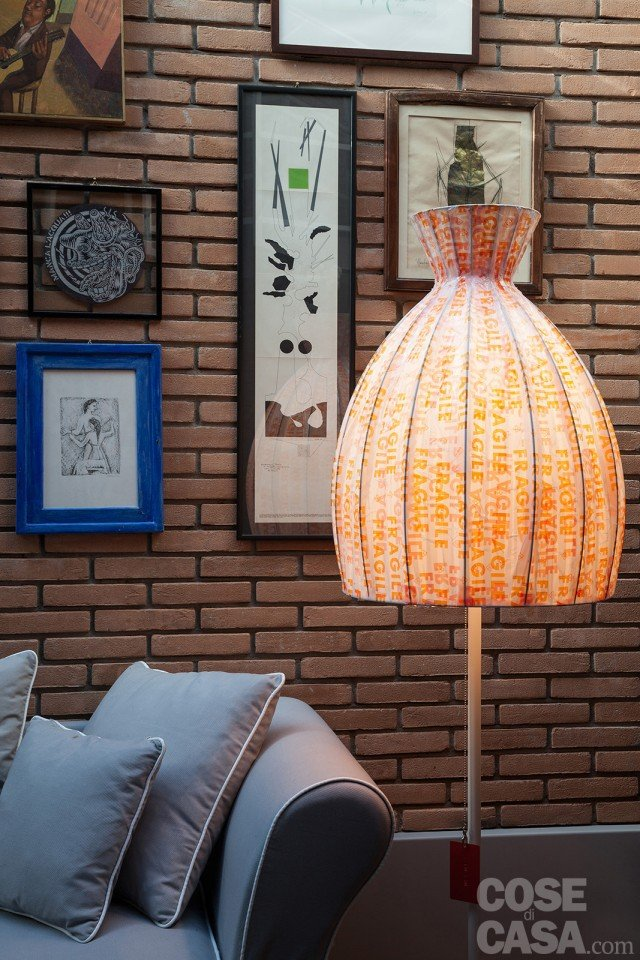 casa-concari-part-lampada