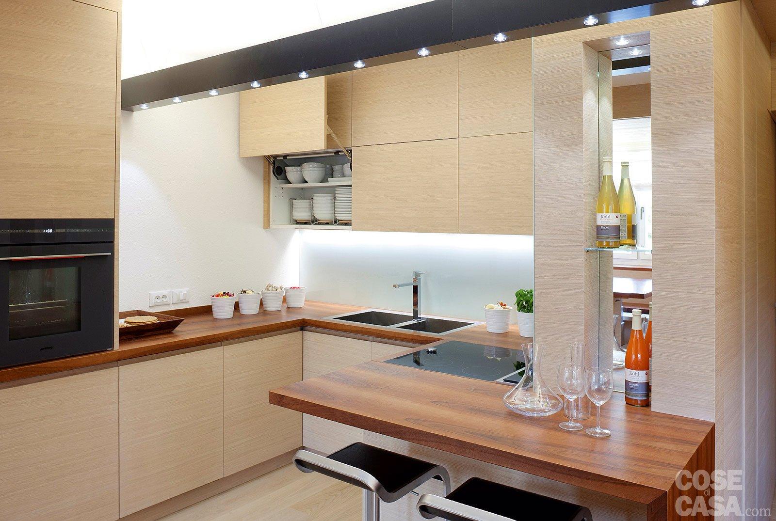 arredare cucina piccola con porta finestra, arredare cucina ... - Soggiorno Cucina Con Camino