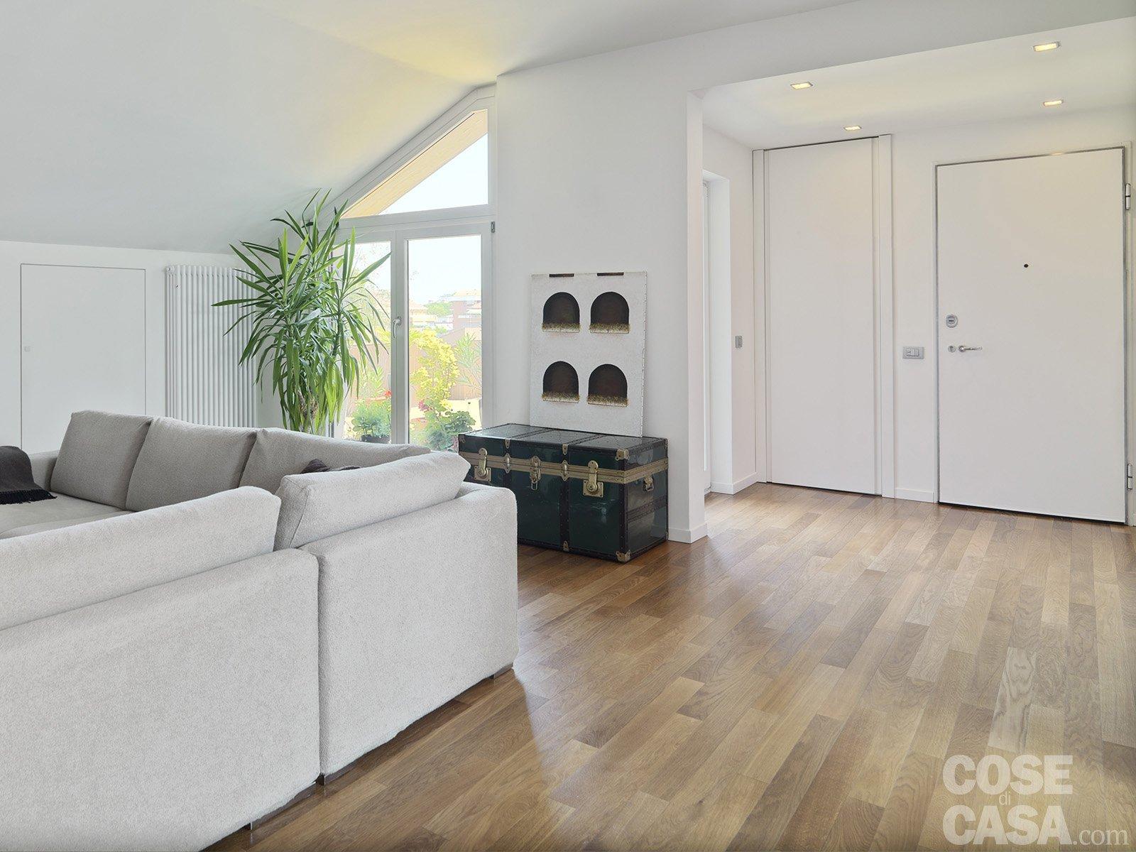 Ingresso aperto sul soggiorno idee per il design della casa - Idee ingresso casa ...