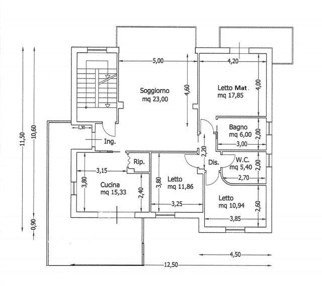Una casa con giochi di luce soluzioni d 39 arredamento e for Fare una pianta della casa