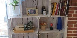 Riciclo creativo: da cassette della frutta a mobile portatutto