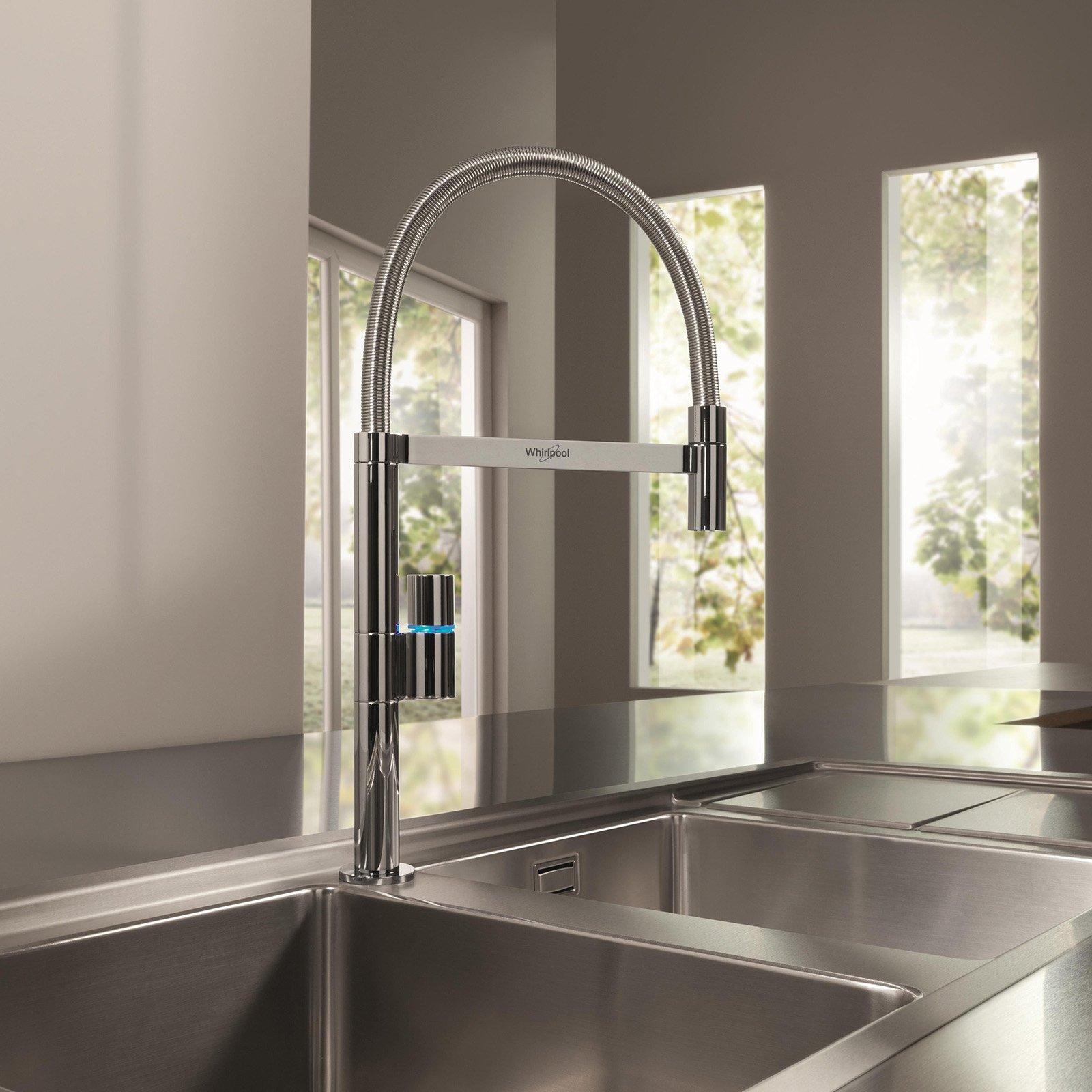 Rubinetti per la cucina i nuovi miscelatori cose di casa for Bricoman rubinetti cucina