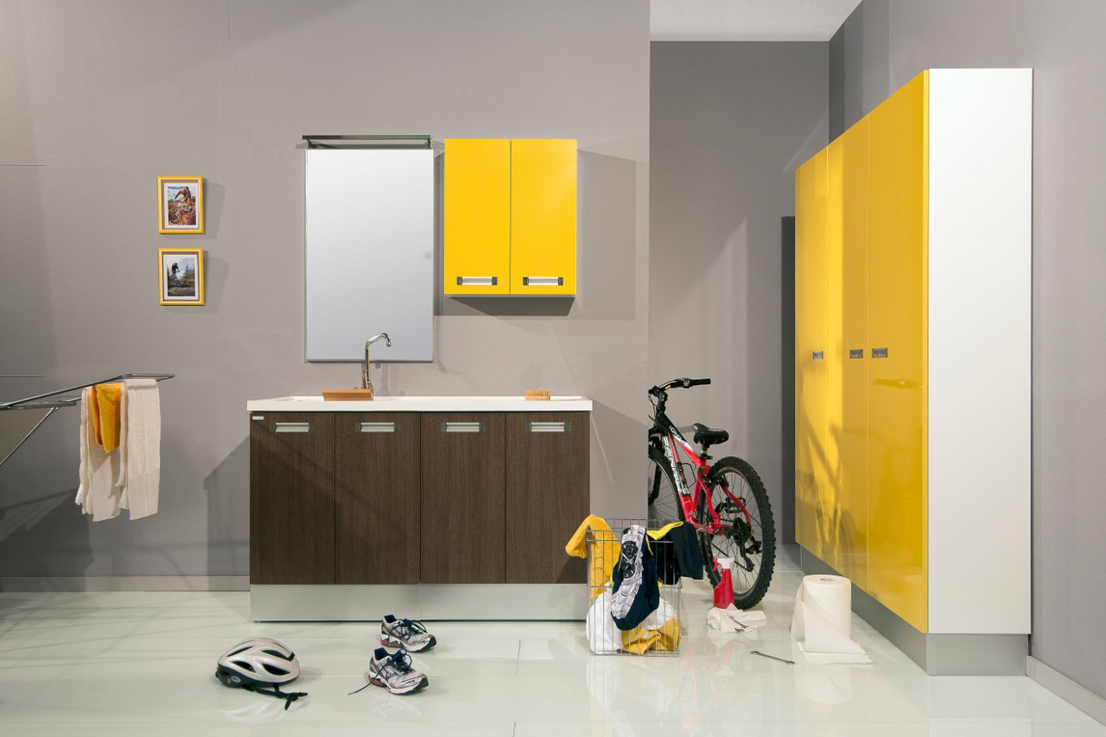 La lavanderia uno spazio per nascondere lavatrice e for Montegrappa arredo bagno