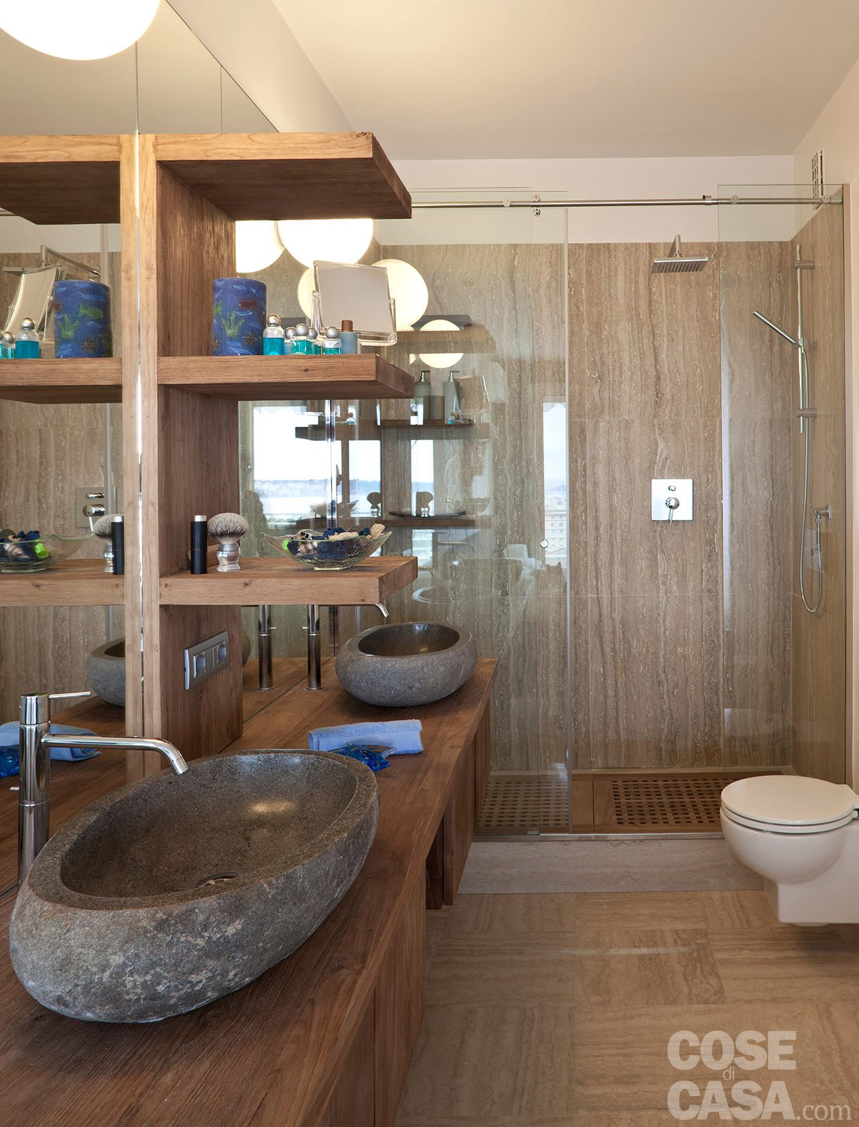 In 57 mq due bagni per la casa dagli incastri perfetti cose di casa - Bagno di casa ...