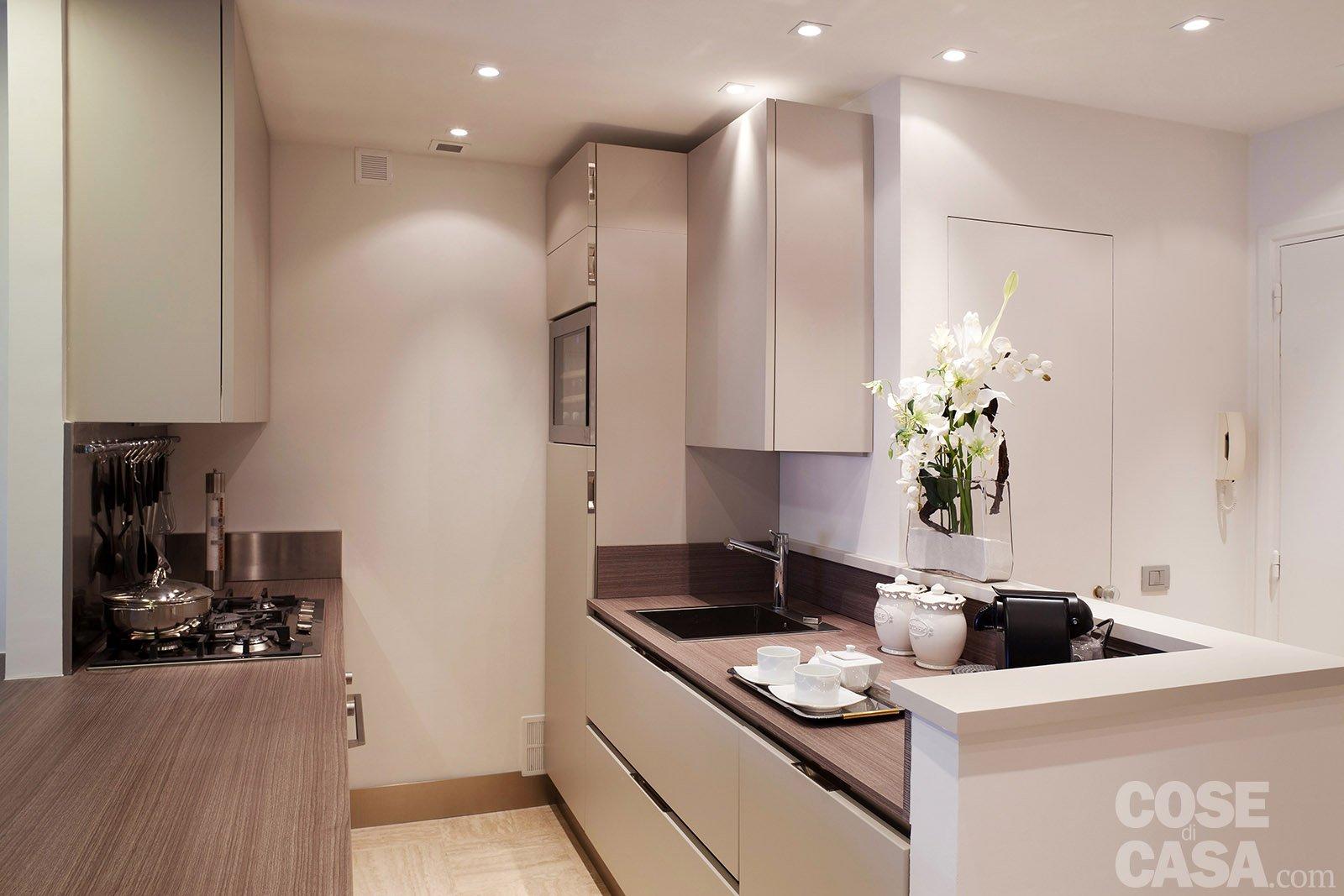 In 57 mq due bagni per la casa dagli incastri perfetti - Profondita pensili cucina ...
