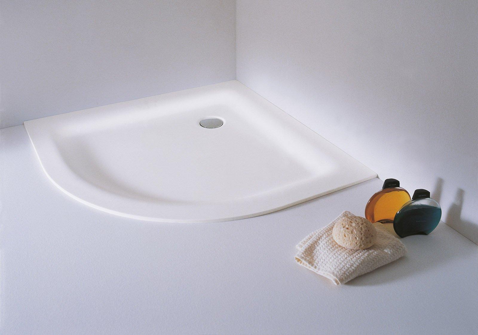 piatto doccia irregolare 70x : ? realizzato in stonecril il piatto doccia tondo della collezione ...