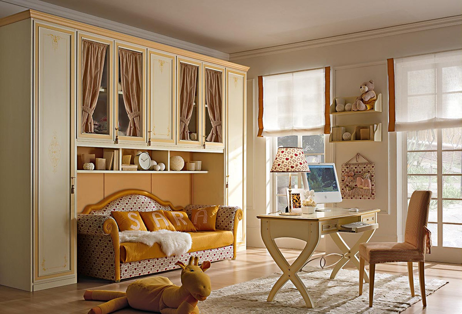 La cameretta romantica di gusto classico cose di casa for Camera da letto con divano