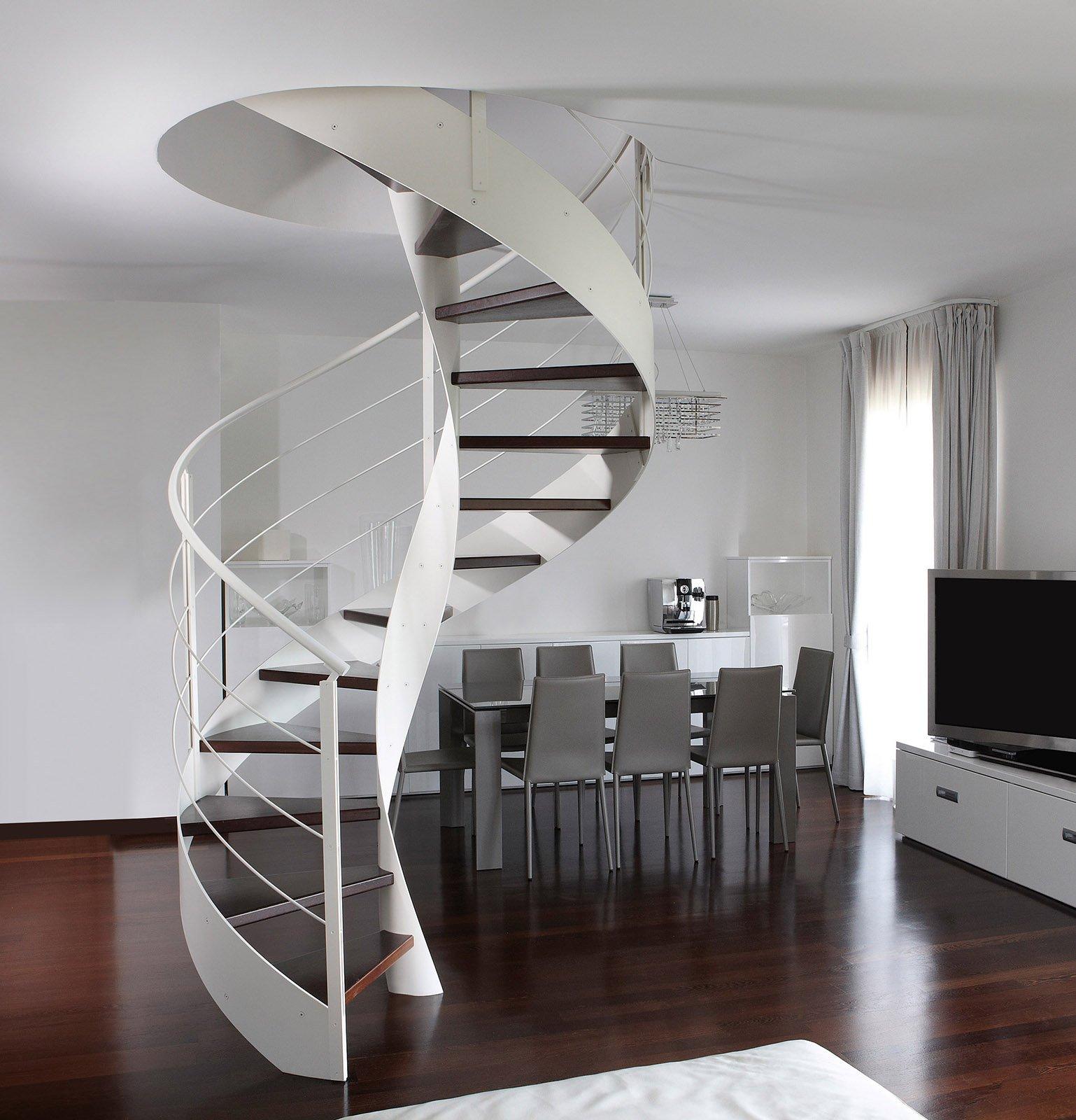 Scegliere la scala per collegare il sottotetto cose di casa - Scale a chiocciola moderne ...