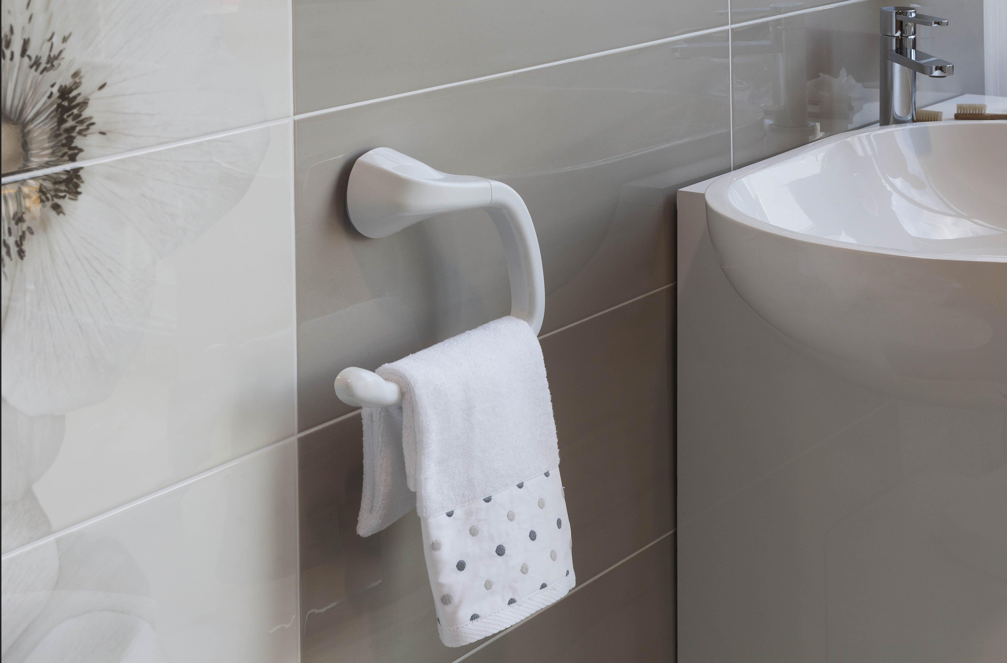 In bagno accessori senza viti e tasselli cose di casa for Accessori per bagno