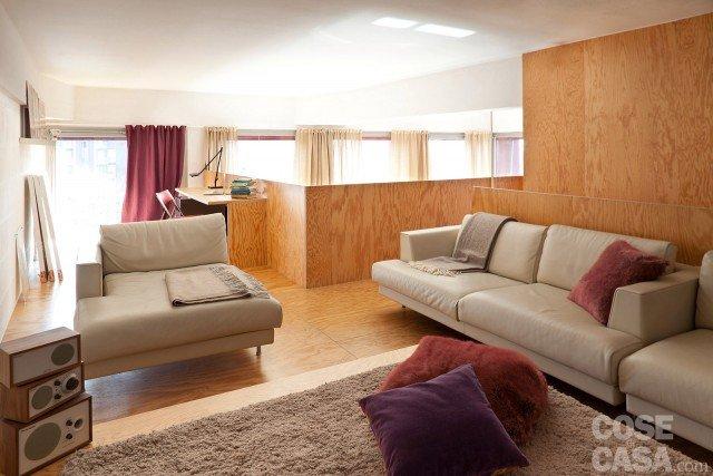casa-soppalco-divani-bianco