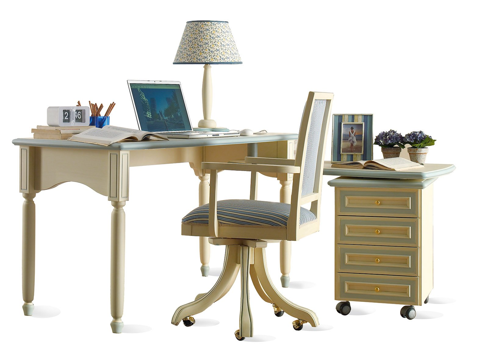 Sedie con le ruote per la scrivania cose di casa for Scrivania maison du monde