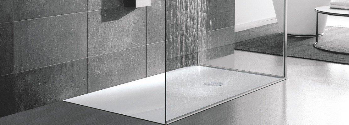 Bagno: materiali, superfici, linee che rendono più facile tenere ...