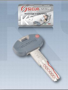 Il cilindro modulare K5 di Securemme garantisce altissima sicurezza e resistenza contro il bumping; la modularità consente di comporre il modello desiderato assemblando i distanziali da 5/10/20 mm al corpo da 30 mm. È dotato di chiave registrata a duplicazione protetta e security card per la duplicazione autorizzata delle chiavi. La dotazione comprende una chiave da cantiere e 3/5 chiavi definitive sigillate. Prezzo su richiesta. www.securemme.it