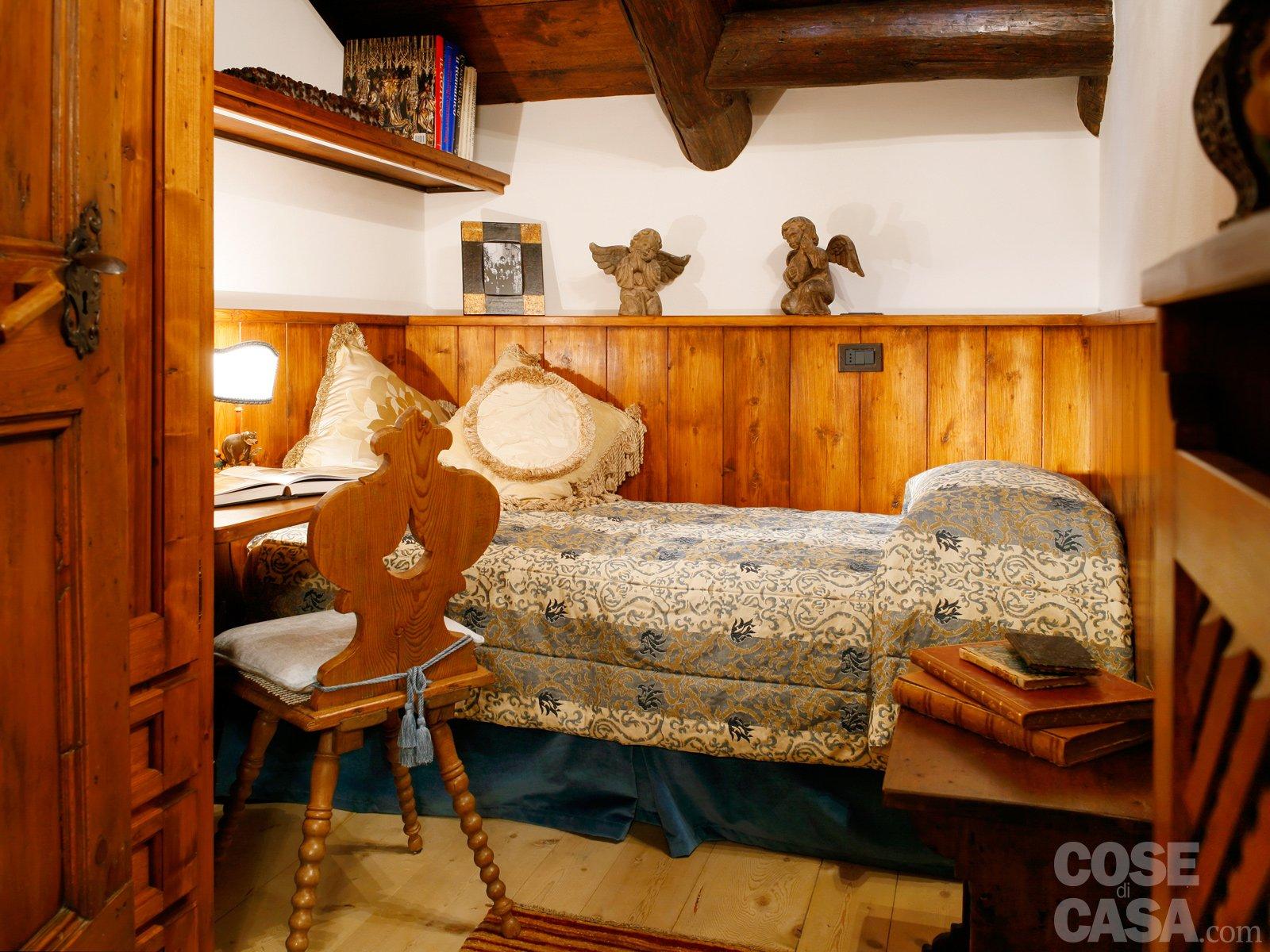 Mansarda tutta legno nuova vita per la casa di montagna - Coibentare casa dall interno ...