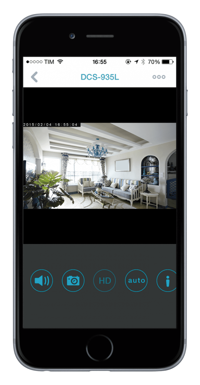 """Anche le videocamere (i """"Monitor"""") per la Smart Home possono essere controllate dall'app gratuita mydlink™ Home, disponibile per smartphone e tablet iOS e Android. È possibile vedere in tempo reale cosa inquadrano le videocamere (anche quando non si è in casa)"""