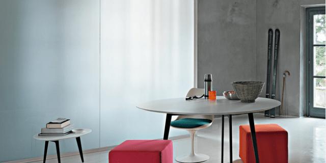Tavoli rotondi e ovali: design morbido, minimal, dinamico