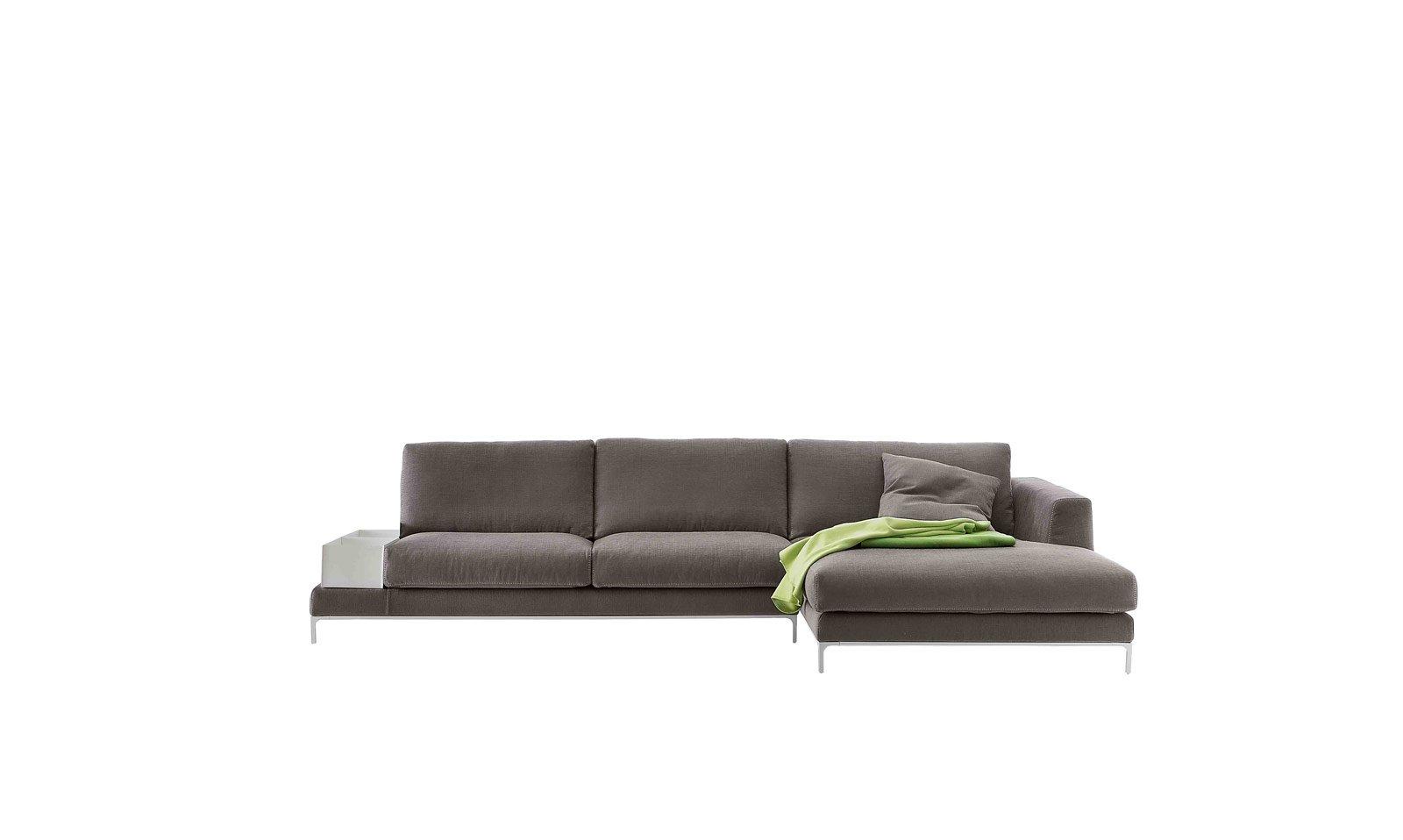 Soggiorno: tre soluzioni per il divano - Cose di Casa