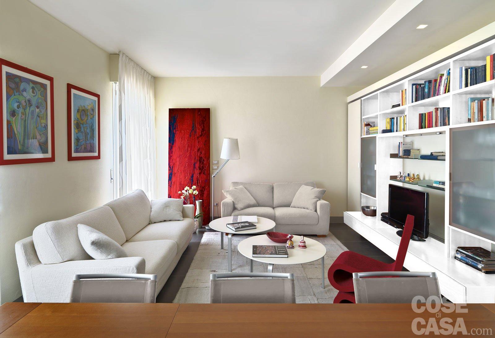 Due appartamenti diventano uno cose di casa for Immagini soggiorno moderno
