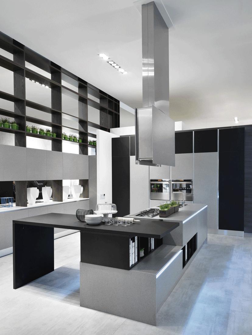 Cucine con cappa grande moderne e classiche cose di casa for Cappa sospesa per isola