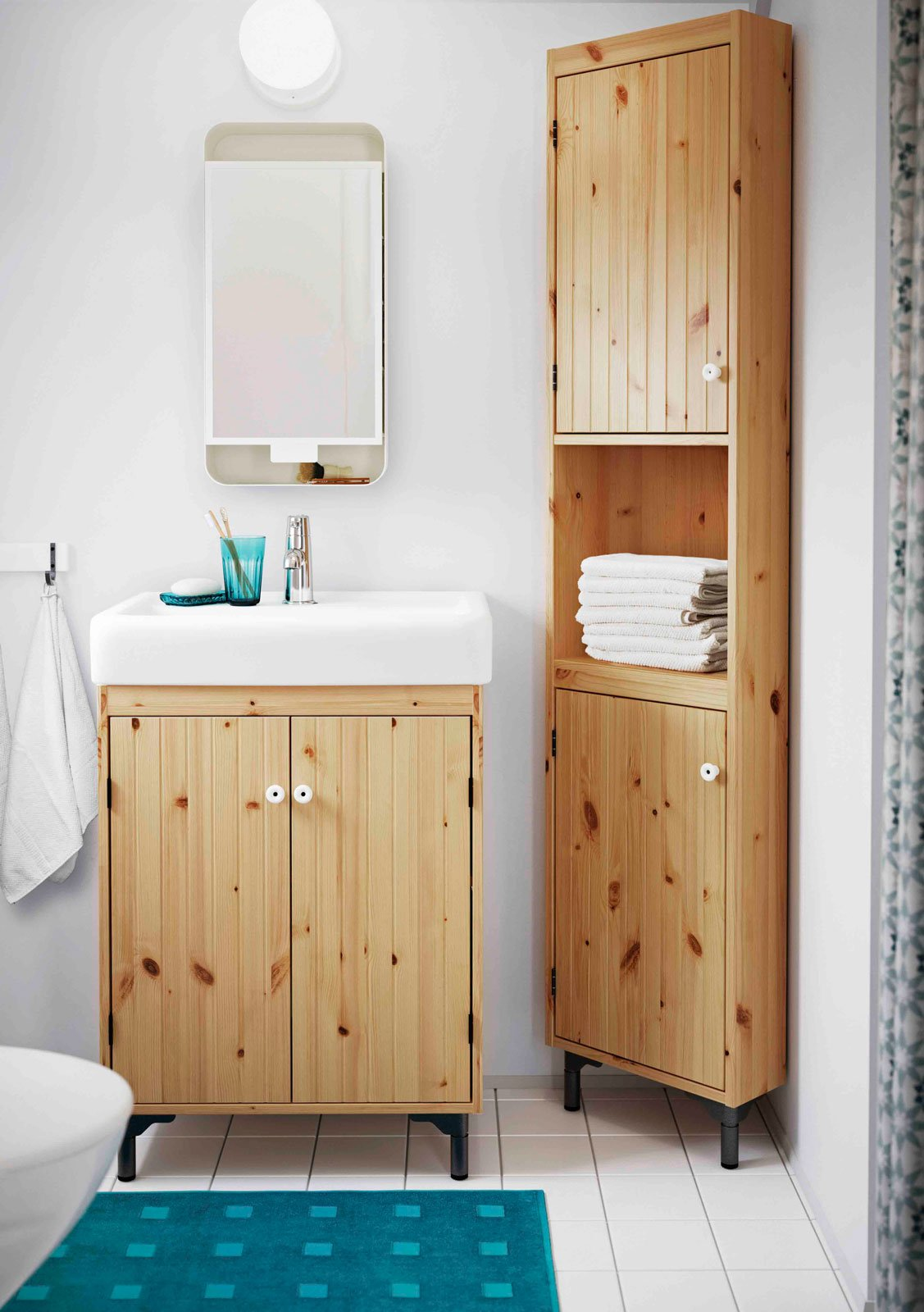 Mobili bagno con ante cose di casa for Small bathroom furniture ideas
