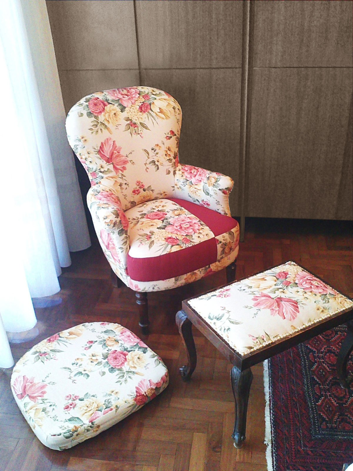 Rivestire una vecchia poltrona cose di casa - Rivestire un divano fai da te ...