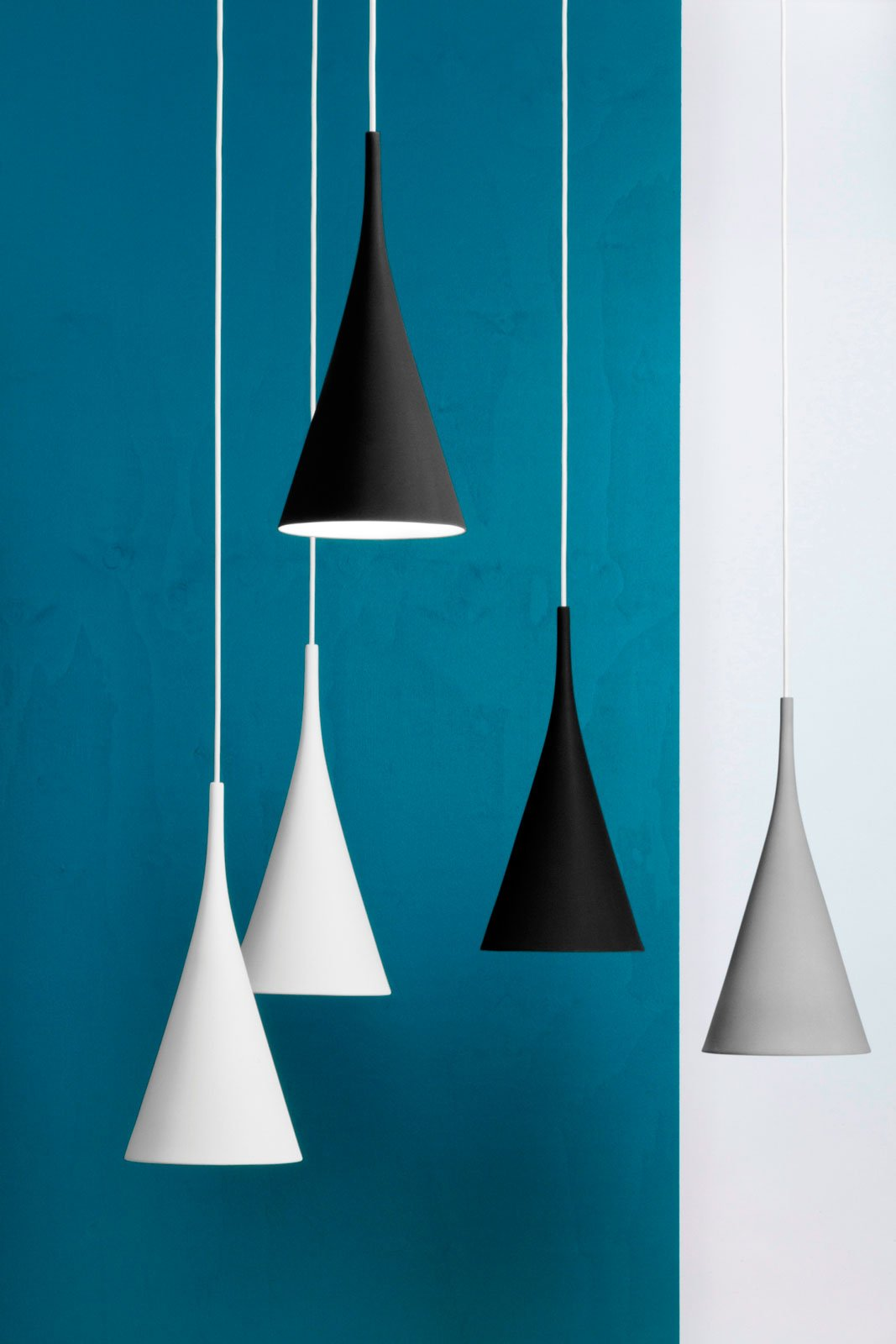 Euroluce 2015 lampadari a sospensione al salone del for Lampadari design low cost