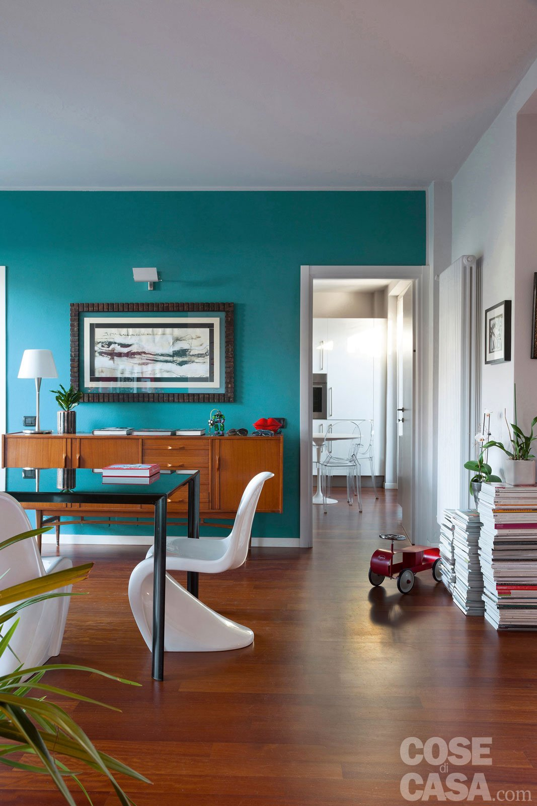 Una casa che punta sui contrasti e sul design cose di casa for Casa design