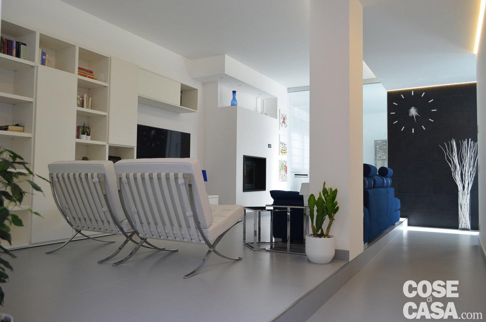 Contemporanea su 3 livelli una casa che sfrutta al meglio for Piani di casa con appartamento suocera
