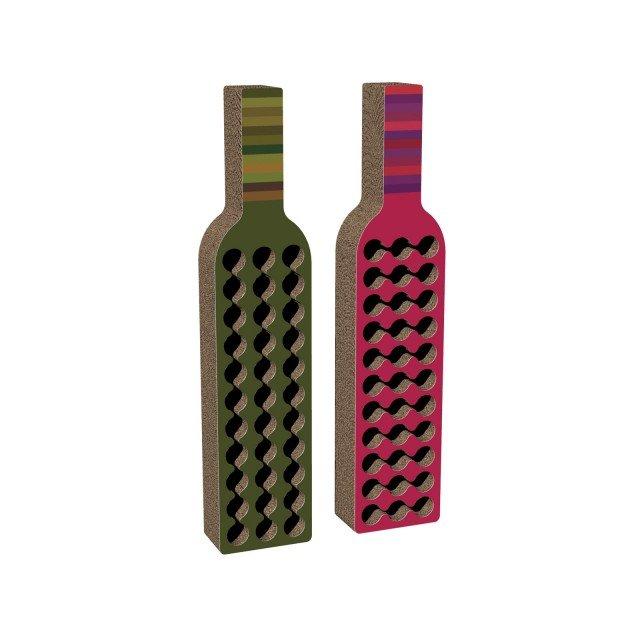 Bodega di Kubedesign è una struttura in materiale rigido antiurto con effetto stampa a righe disponibile in diverse varianti di colore; può contenere ben trentatré bottiglie! Misura L 43 x P 23 x H 198 cm. Prezzo 517,28 euro. www.kubedesign.it
