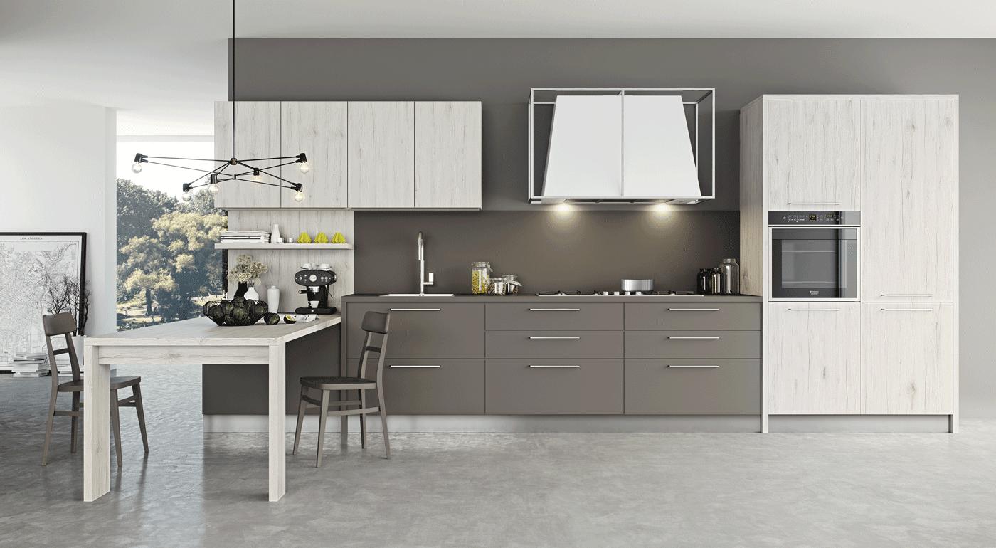 Cucine con cappa grande moderne e classiche cose di casa for Foto case classiche